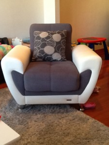 Armchair-San-Mateo-Upholstery-cleaning